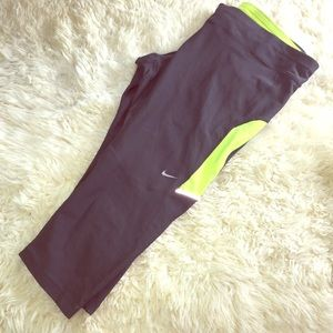 Nike Dri Fit Capri Running pants XL